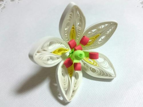 百合の花☆ペーパークイリング